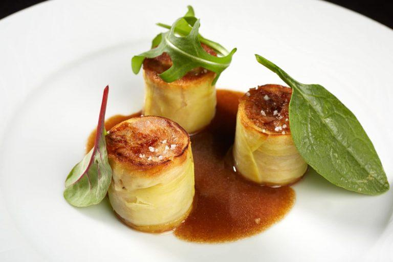 Au Radis Beurre, la cuisine gourmande marie une simplicité authentique à la délicatesse des grandes maisons.